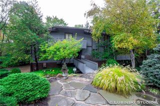 3684 Country Club Dr