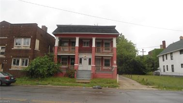 1834 Hayden Ave