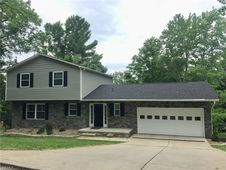 11 Valley View Dr