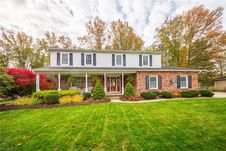 176 Pickwick Dr