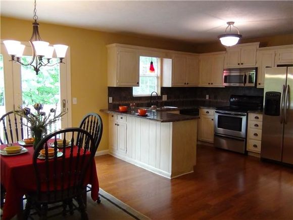 1120 Jacksons View Rd - Photo 0 of 20