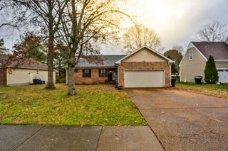 1515 Birchwood Cir