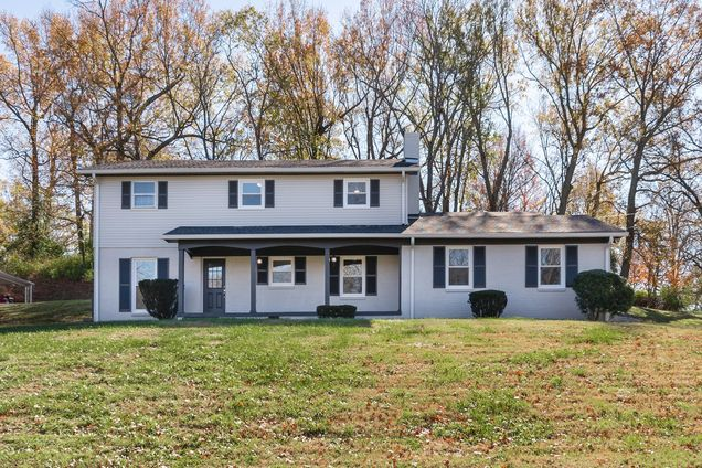 709 Pleasantwood Dr - Photo 1 of 29