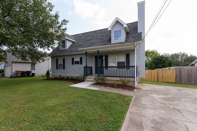 4812 Peppertree Dr - Photo 1 of 33