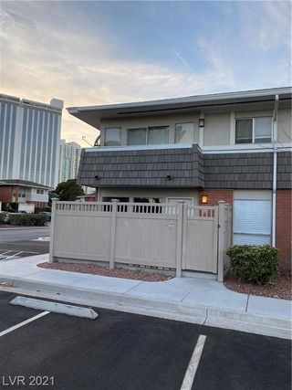 639 Oakmont Avenue Unit3906