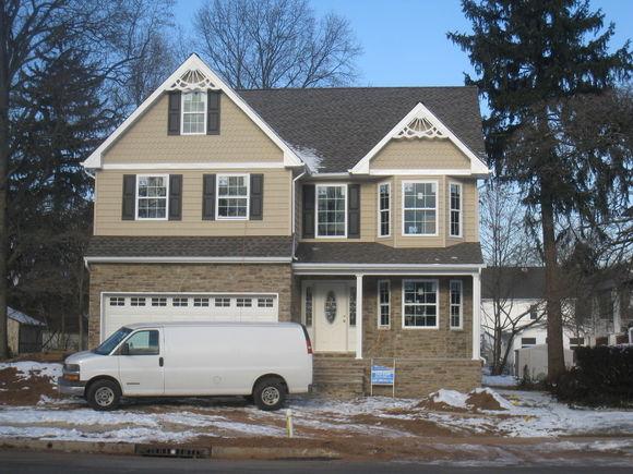 315 Madison Ave - Photo 1 of 1