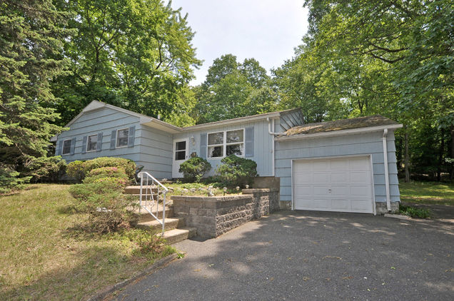 54 Normandy Dr - Photo 1 of 1