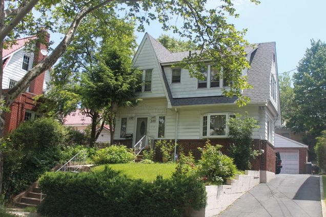 289 Highland Ave - Photo 1 of 1
