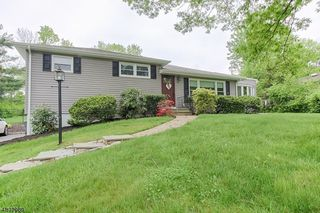 9 Woodfield Dr
