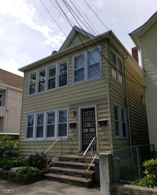 128 MAPLE AVE