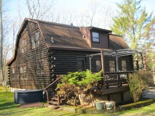 25 BLUEBERRY HILL RD