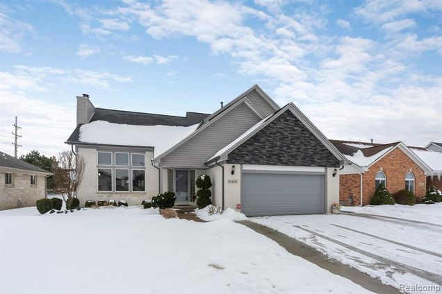 28688 Wales Drive - Photo 1 of 1