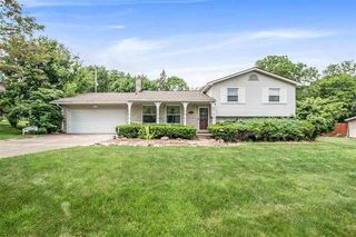 11583 Orchardview