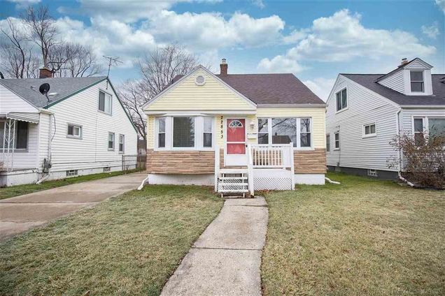 22853 Teppert Ave - Photo 1 of 1