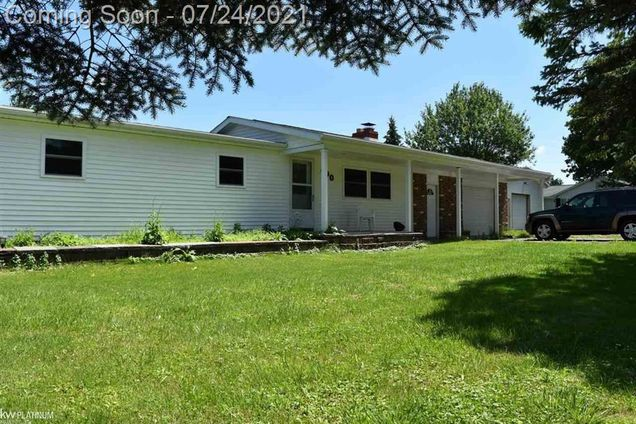 490 Pickford - Photo 1 of 60