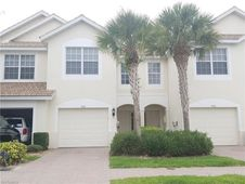 988 Hampton CIR Unit 73