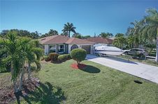 754 98th AVE N