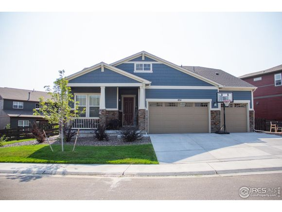 832 Stagecoach Dr - Photo 1 of 32