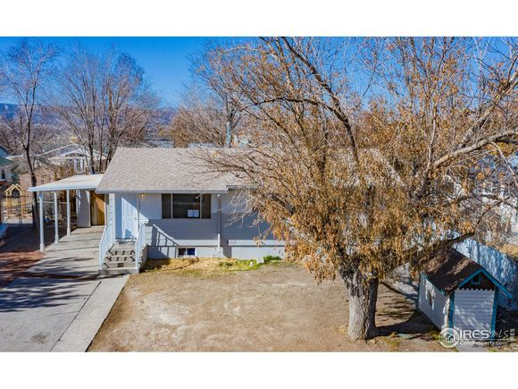 1325 Balsam St - Photo 1 of 40