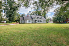 20 Green Meadow Dr