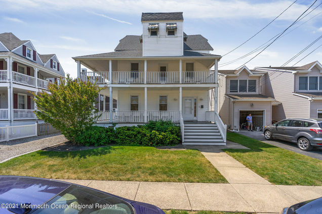 102 New Jersey Avenue - Photo 1 of 30