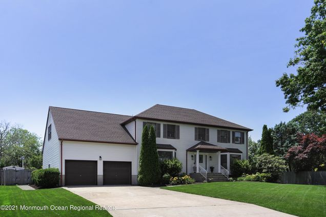 879 Derry Drive - Photo 1 of 38