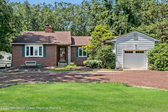 172 Bennetts Mills Road - Photo 1 of 52