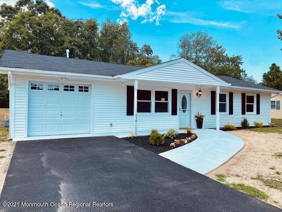 316 Lawrence Drive - Photo 1 of 43