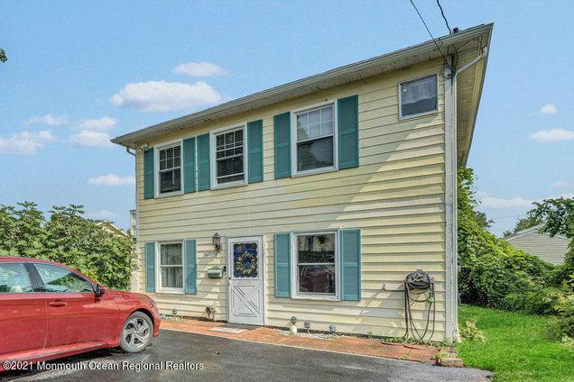 1425 7th Avenue Unit1/2 - Photo 1 of 36