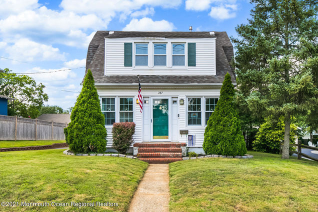 287 Navesink River Road - Photo 1 of 29