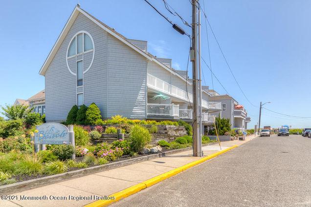 900 Ocean Avenue Unit37 - Photo 1 of 33