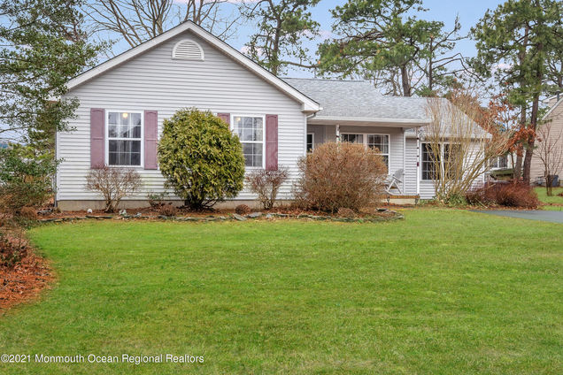 262 Privateer Road - Photo 1 of 20