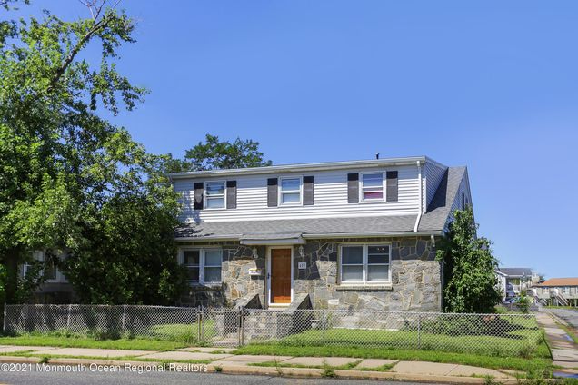 403 Florence Avenue - Photo 1 of 20