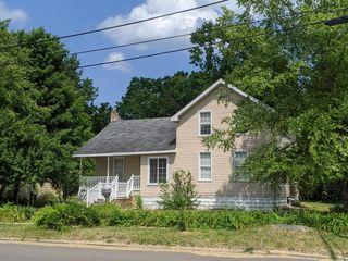 105 N Walnut Street
