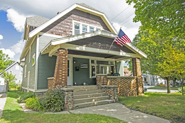 165 Burr Oak Street NE - Photo 1 of 22