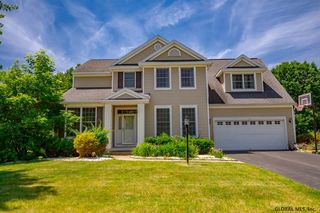 18 STERLING HEIGHTS DR