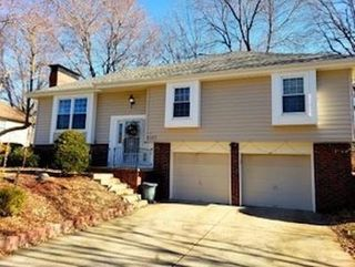 6107 Clydesdale Lane