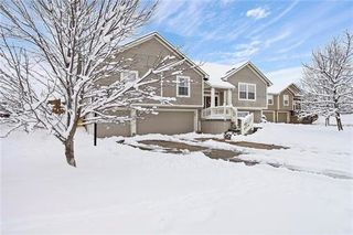 1305 NW Basswood Court