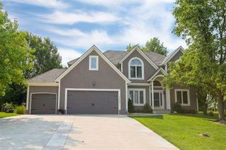 4605 NW Birkdale Court