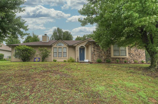 1007 Country Side Drive
