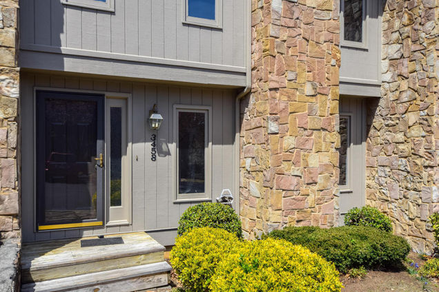3458 Londonderry CT