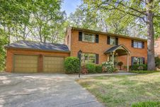 5115 Cave Spring LN