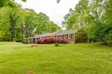 215 Barfoot West RD