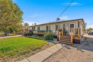 2910 W 65th Place