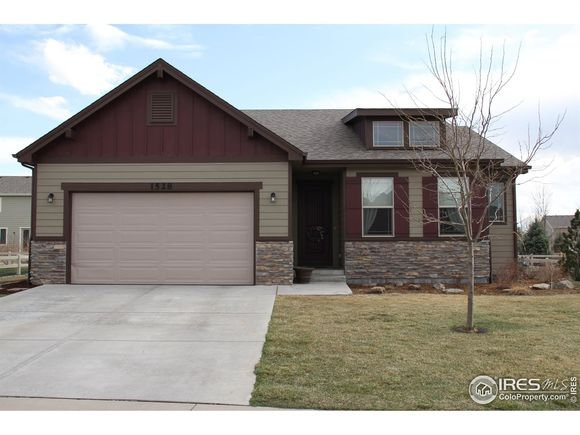 1528 Red Tail Road - Photo 1 of 27