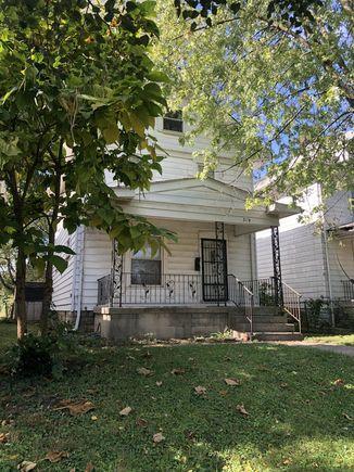 319 Wrexham Avenue - Photo 1 of 17
