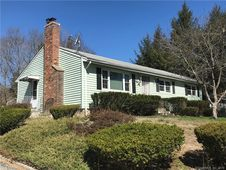 17 Old Windham Road