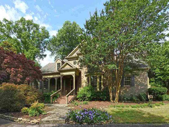 9 W Galloway, Memphis, TN 38111 - MLS# 10003319 | Estately