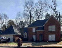 8941 Hickory Trail