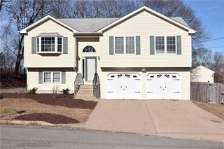 15 Pond View Dr